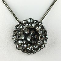 Konplott Inside Out schwarze Halskette mit Anhänger #5450543610061