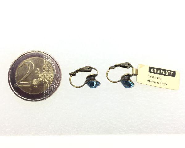 Konplott Black Jack Ohrhänger mit Klappverschluss in Aquamarine, hellblau #5450527110334