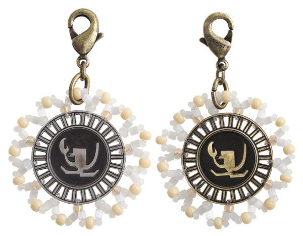 Konplott Zodiac weißer Charm-Anhänger (Krebs) #5450543648361