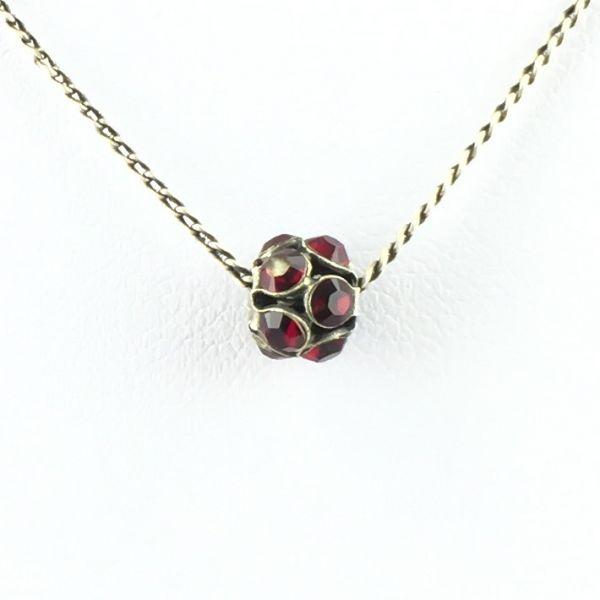 Konplott Disco Balls Halskette in siam rot mit Anhänger Größe S #5450527571494