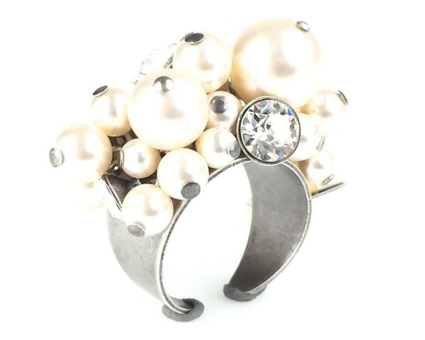 Pearl Shadow crystal Ring
