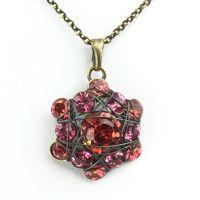 Bended Lights Halskette mit Anhänger in Koralle/ Pink