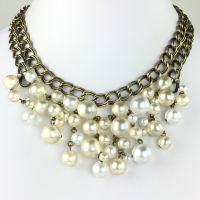 Konplott Caviar de Luxe weißes Collier mit Perlen #5450543496436