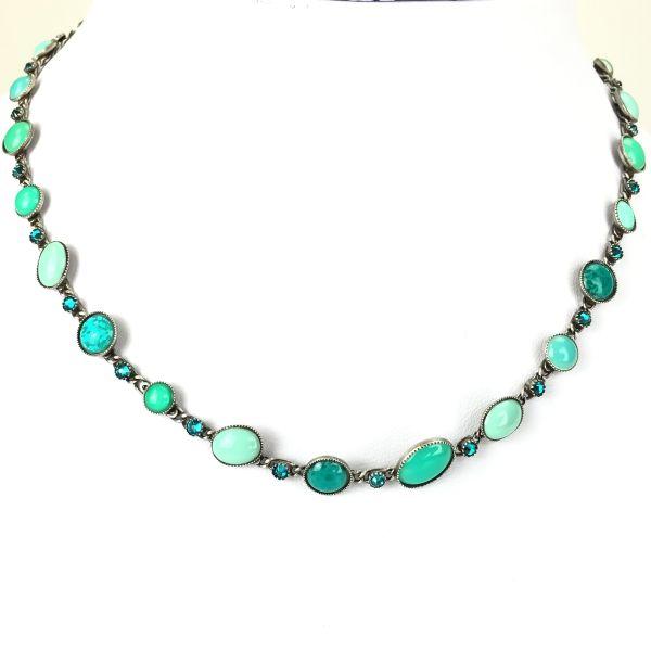 Konplott Oval in Concert grüne Halskette steinbesetzt #5450543348353