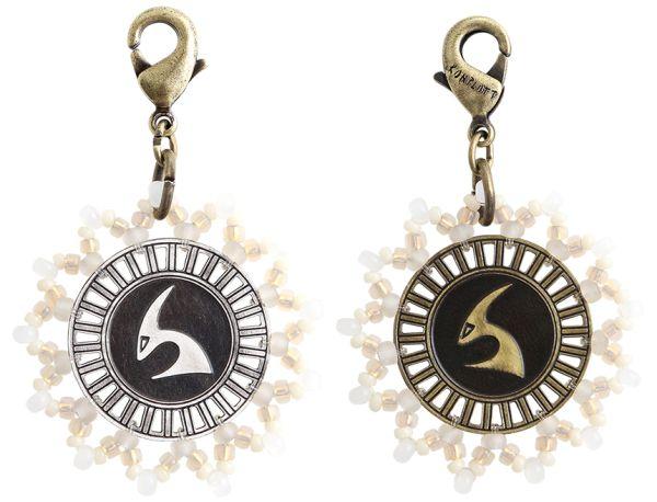 Konplott Zodiac weißer Charm-Anhänger (Steinbock) #5450543648422