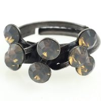 Magic Fireball 8 Stein Ring in light grey opal