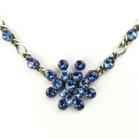 Konplott Magic Fireball Halskette steinbesetzt mit Anhänger in sapphire, blau